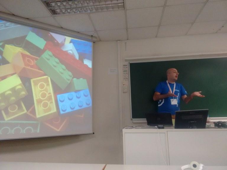 Mikel Larreategi en la PyConEs 2015